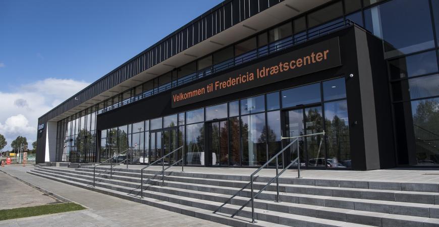 Indgangsparti til Fredericia Idraetscenter