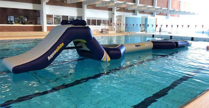Forhindringsbane i Fredericia Svømmehal, 25 meter bassinet